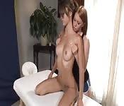 Massage lesbien sensuel et chaud